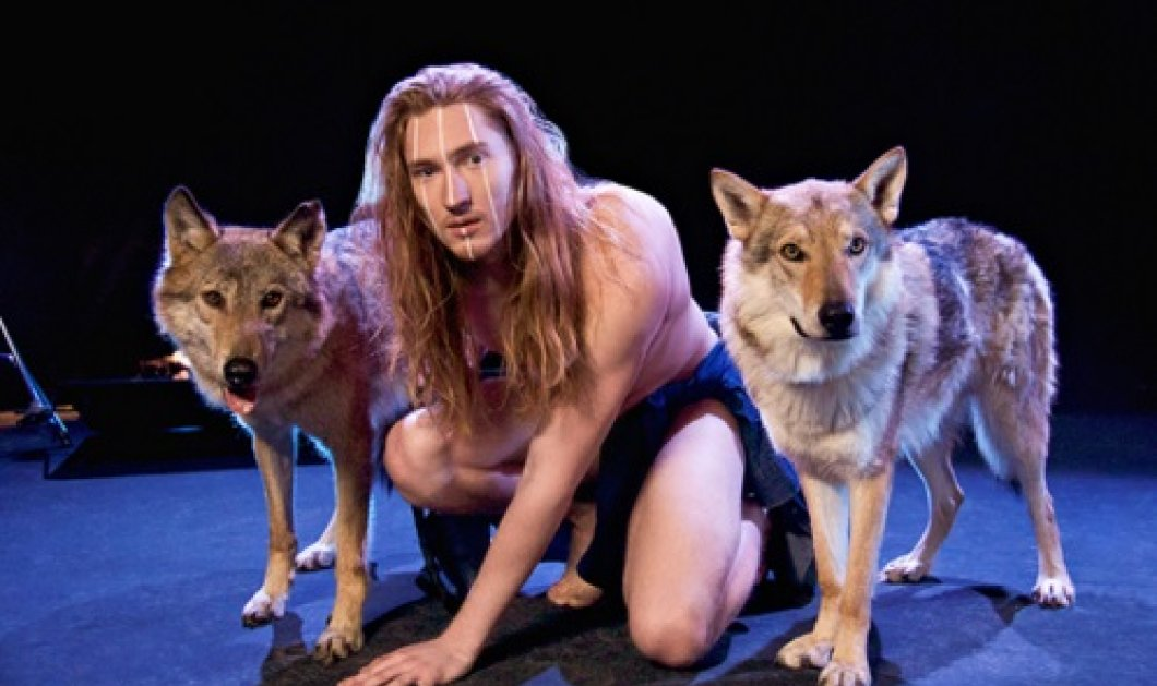 Eurovision 2016: Ολογυμνός παρέα με δύο ζωντανούς λύκους ο τραγουδιστής της Λευκορωσίας πάνω στη σκηνή - Κυρίως Φωτογραφία - Gallery - Video