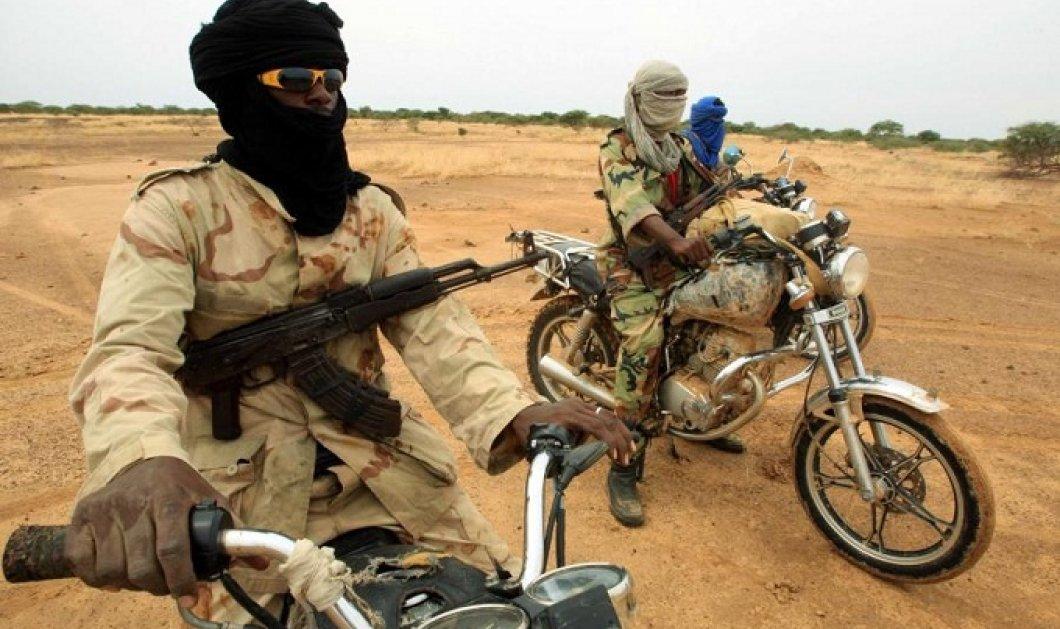 Μάλι: Επίθεση ενόπλων σε βάση της στρατιωτικής αποστολής της ΕΕ  - Νεκρός ο 1 από τους 2 δράστες - Κυρίως Φωτογραφία - Gallery - Video