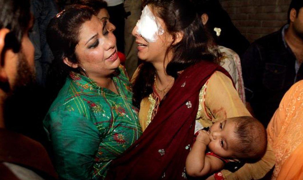 Ανθρωποκυνηγητό στο Πακιστάν για τους υπεύθυνους του μακελειού σε πάρκο -65 νεκροί και 300 τραυματίες   - Κυρίως Φωτογραφία - Gallery - Video