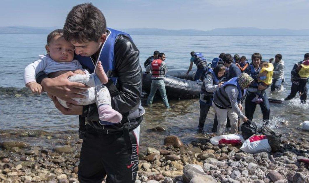 Συγκλονιστικό ρεπορτάζ του Channel4: Καρέ καρέ η δολοφονική επίθεση Τούρκων λιμενικών σε βάρκα γεμάτη πρόσφυγες στο Αγαθονήσι - Κυρίως Φωτογραφία - Gallery - Video