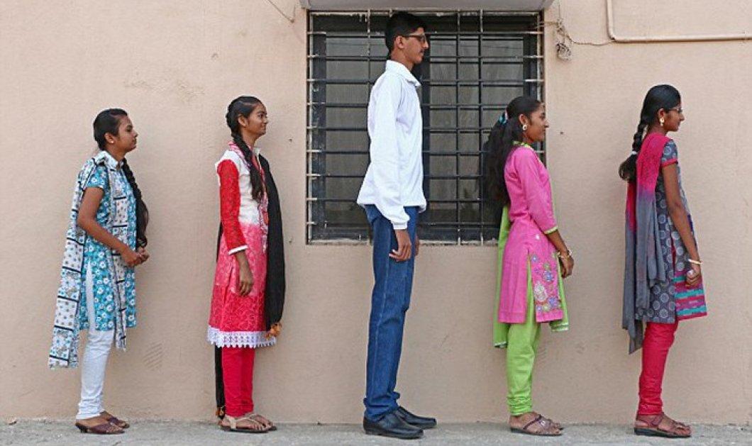 14 ετών - 2 μέτρα ύψος: Ο ψηλότερος έφηβος της Ινδίας φοβάται μήπως δεν βρει κοπέλα να παντρευτεί... (Φωτό & Βίντεο) - Κυρίως Φωτογραφία - Gallery - Video