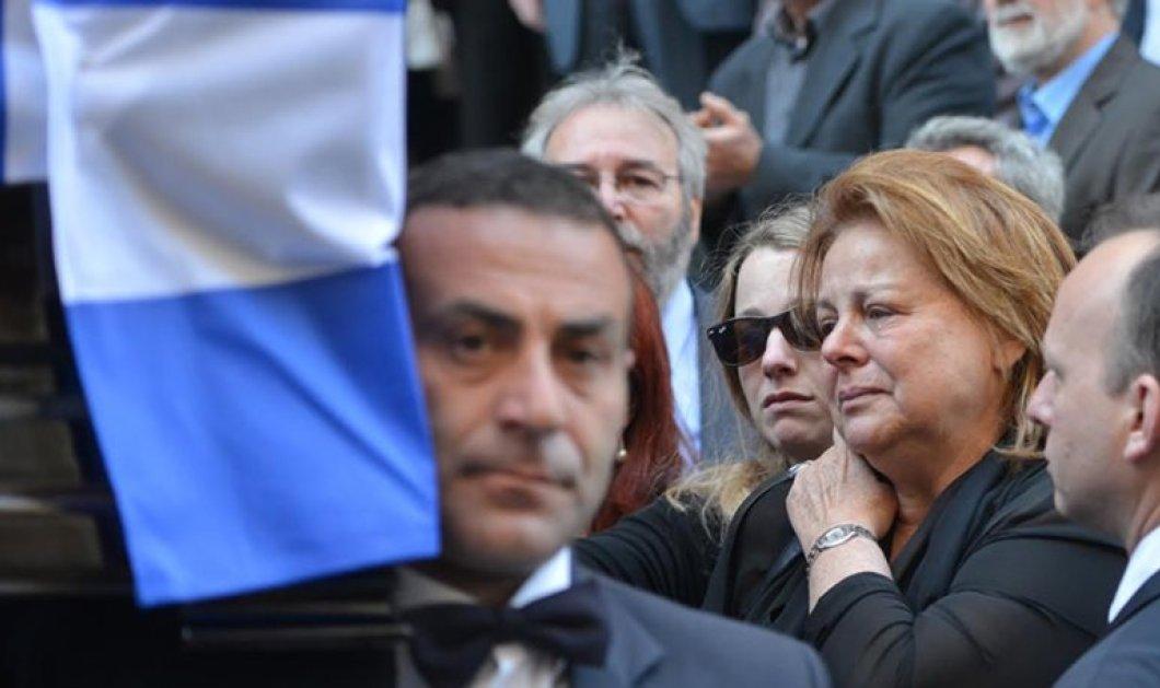 Το τελευταίο αντίο στον Γεράσιμο Αρσένη- Πλήθος πολιτικών & επώνυμων στην κηδεία του   - Κυρίως Φωτογραφία - Gallery - Video