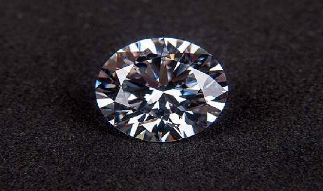 Έτοιμο το θαυματουργό καρβύνιο: Το πιο ανθεκτικό υλικό στον κόσμο - Ξεπερνάει το διαμάντι ή το γραφένιο  - Κυρίως Φωτογραφία - Gallery - Video