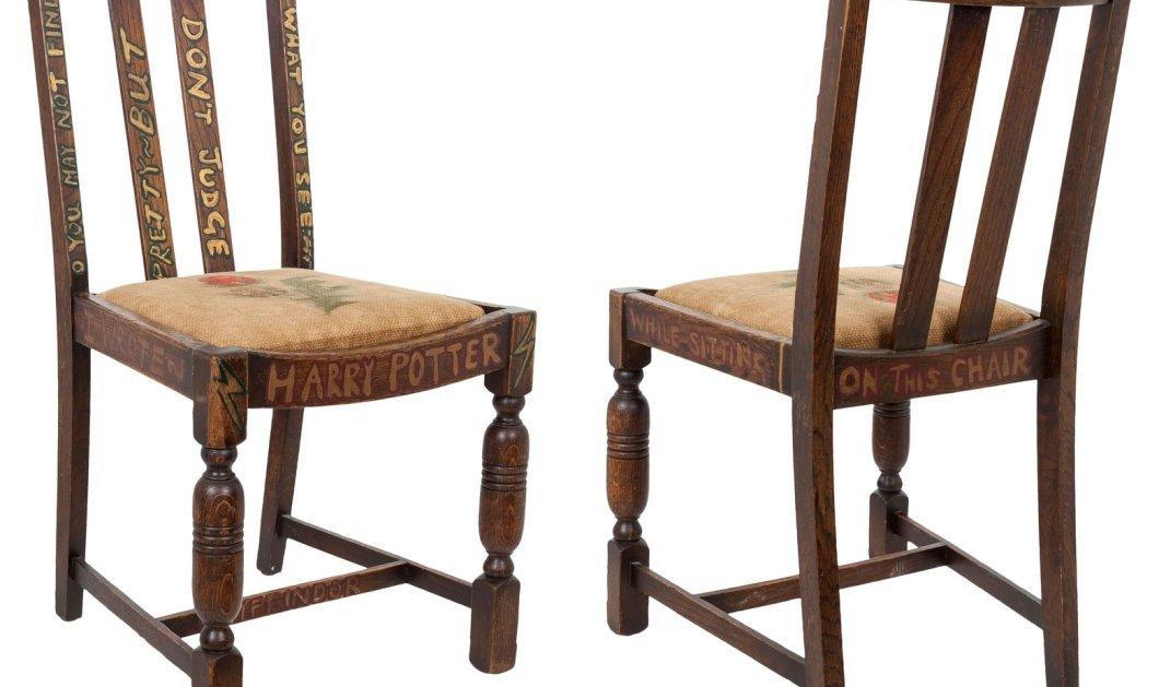 345.000 ευρώ πουλήθηκε η καρέκλα: Εδώ έγραψε η Ρόουλινγκ το Χάρι Πότερ  - Κυρίως Φωτογραφία - Gallery - Video