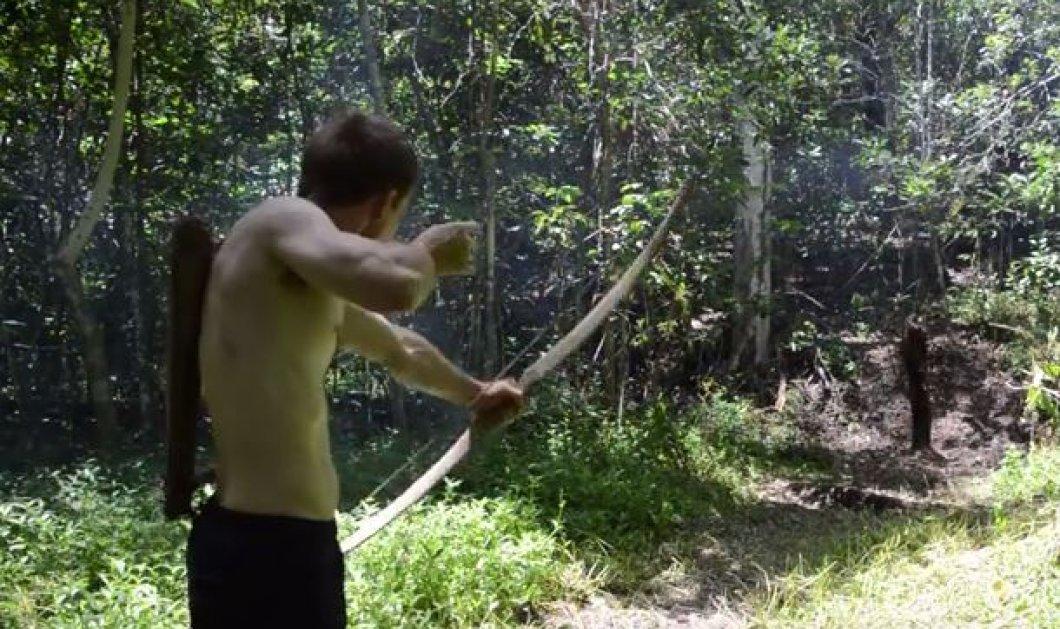 Απίστευτο βίντεο: Αυτός ο άνδρας κατασκευάζει τόξα & βέλη με υλικά από την φύση!  - Κυρίως Φωτογραφία - Gallery - Video