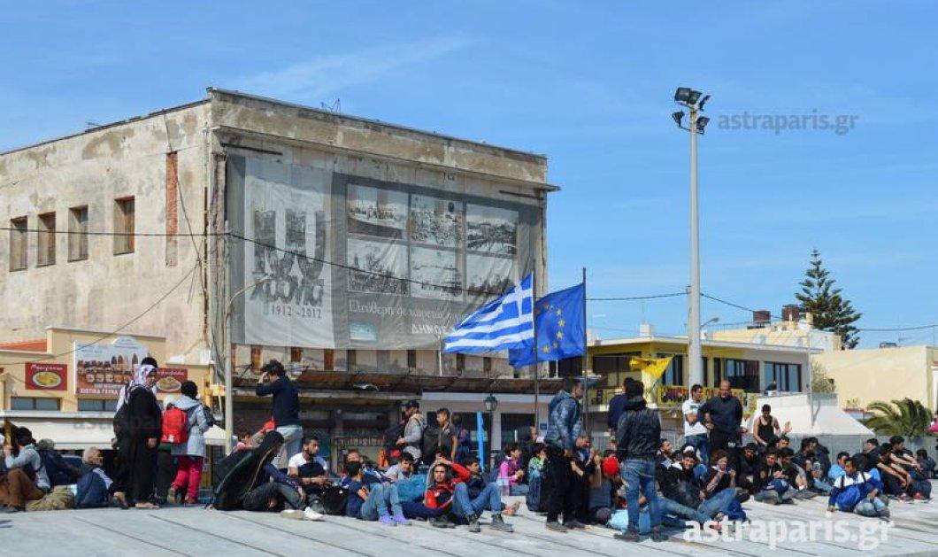 Χίος: «Κατάληψη» στο λιμάνι από 800 μετανάστες - Κυρίως Φωτογραφία - Gallery - Video