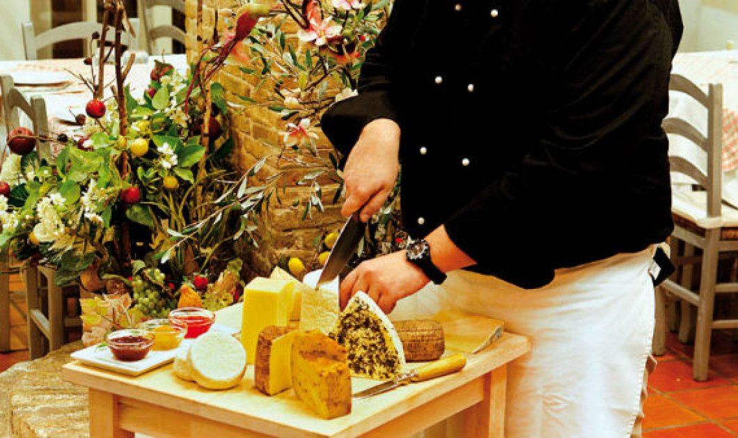 Ποια είναι τα καλύτερα τυριά στην Αθήνα; Γραβιέρα, κασέρι, κεφαλοτύρι, μυζήθρα, μανούρι   - Κυρίως Φωτογραφία - Gallery - Video