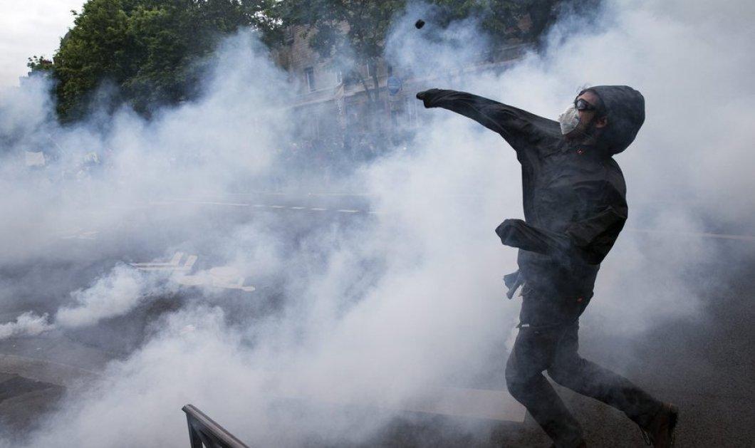 Φλέγεται το Παρίσι: Συγκρούσεις & υλικές ζημιές στην διαδήλωση κατά των μέτρων για τα εργασιακά - Κυρίως Φωτογραφία - Gallery - Video
