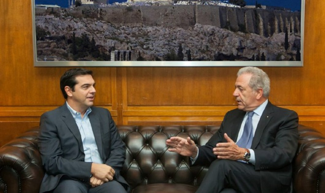 Τσίπρας στην συνάντηση με Αβραμόπουλο: Τώρα αρχίζει ο αγώνας για την επούλωση των πληγών των πιο αδυνάτων - Κυρίως Φωτογραφία - Gallery - Video