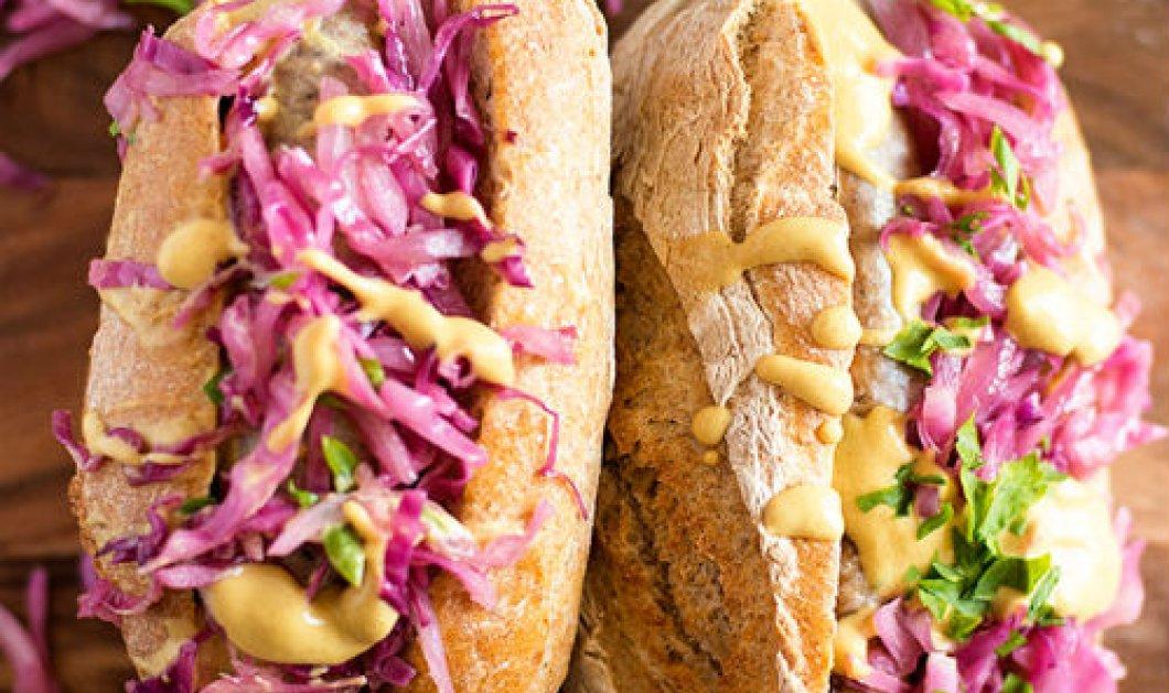 Άρτεμις Τζίτζη: 5 άπαιχτα hot dogs - Με ανανά, ταχίνι, γουακαμόλε, σαν πίτσα! - Κυρίως Φωτογραφία - Gallery - Video