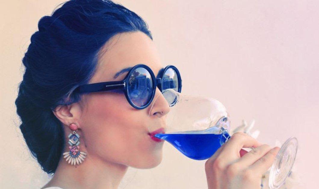 Και το κρασί βάφτηκε μπλέ! Oι εικοσάρηδες startuppers που έφτιαξαν λουλακί τον αγαπημένο οίνο  - Κυρίως Φωτογραφία - Gallery - Video