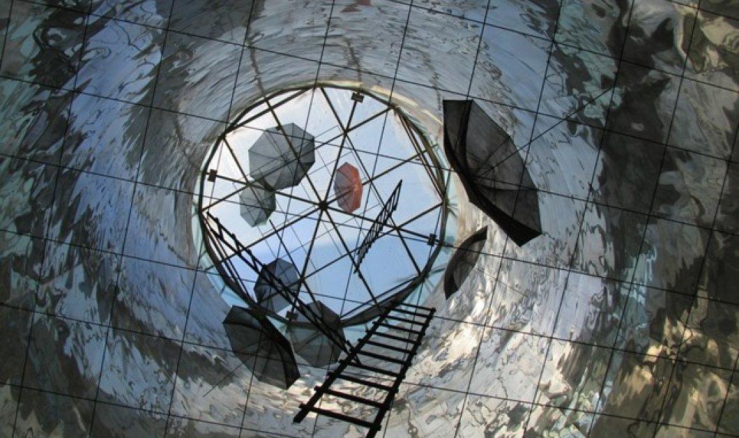 Στην Άνδρο - ένας μεγάλος γλύπτης: Γιώργος Ζογγολόπουλος με τις ομπρέλες, τα γλυπτά & τις ζωγραφιές του όλο το καλοκαίρι - Κυρίως Φωτογραφία - Gallery - Video