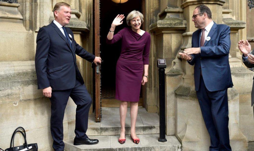 """Τελικά αποχώρησε  η Λίντσομ από την διεκδίκηση της πρωθυπουργίας μετά τον Σάλο: """"Δεν έχεις παιδιά"""" είπε στην αντίπαλο της  - Κυρίως Φωτογραφία - Gallery - Video"""