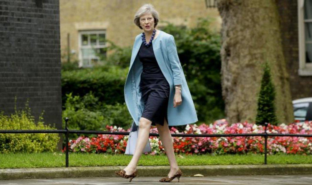 Νέες εξελίξεις: Η Τερέζα Μέι νέα Πρωθυπουργός της Βρετανίας; Παραιτείται την Τετάρτη ο Ντέιβιντ Κάμερον  - Κυρίως Φωτογραφία - Gallery - Video
