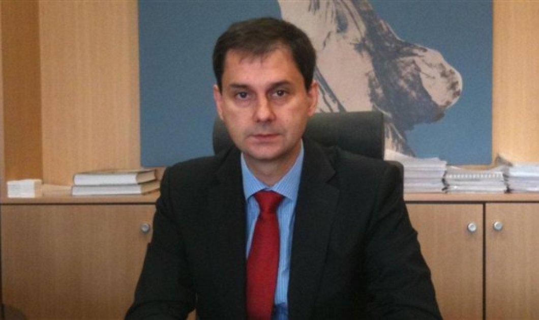 Πρεμιέρα σήμερα για την «Δημοκρατική Ευθύνη» του Χάρη Θεοχάρη - Παρών και ο Αλέκος Παπαδόπουλος - Κυρίως Φωτογραφία - Gallery - Video
