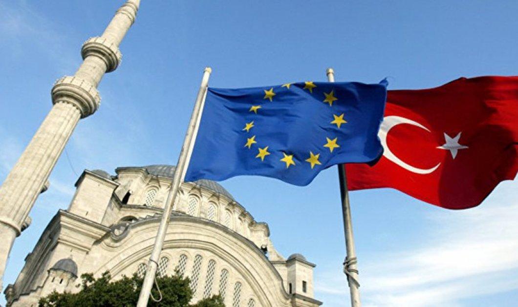 """Ξεκάθαρο μήνυμα Κομισιόν σε Τουρκία: """"ΕΕ και θανατική ποινή δεν πάνε μαζί""""  - Κυρίως Φωτογραφία - Gallery - Video"""