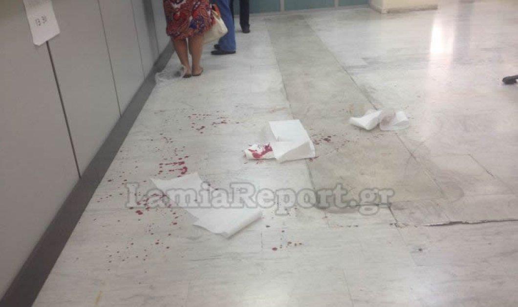 Πανικός στα γραφεία του ΟΑΕΕ Λαμίας: 65χρονος σε έξαλλη κατάσταση έκοψε τις φλέβες του - Κυρίως Φωτογραφία - Gallery - Video