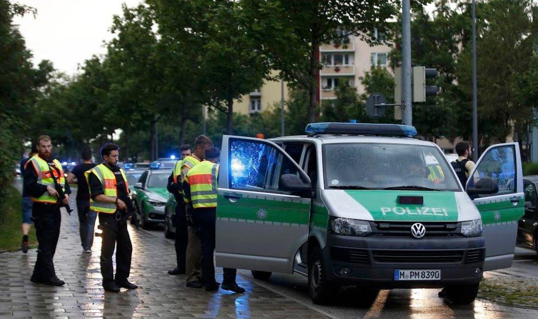 18χρονος Ιρανογερμανός ήταν ο δράστης της επίθεσης στο εμπορικό κέντρο του Μονάχου - 10 νεκροί & 21 τραυματίες - Άγνωστα τα κίνητρά του - Κυρίως Φωτογραφία - Gallery - Video