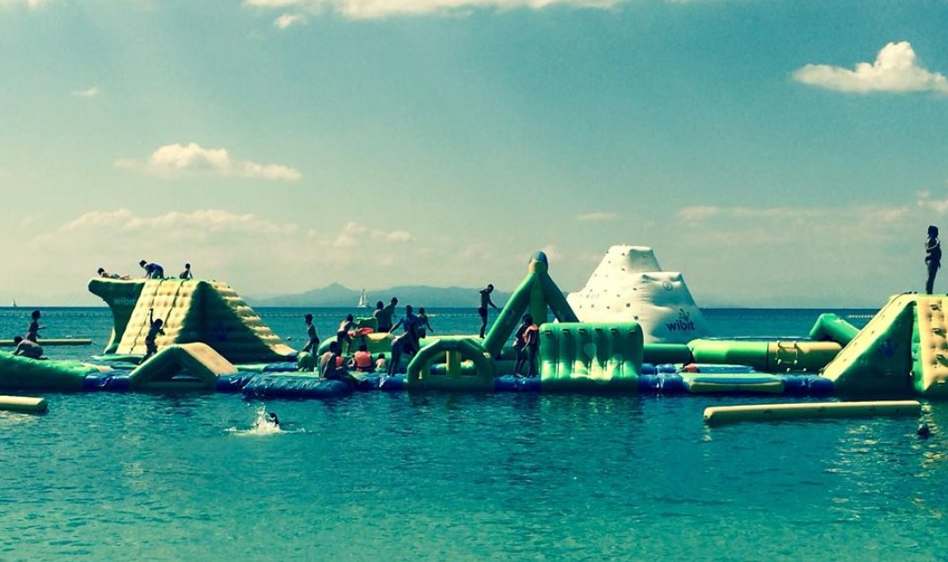 Summer@ eirinika: Παίζουμε στο WetPark στον Άλιμο - Τραμπολίνο, κούνια, τσουλήθρα, πύργος... - Κυρίως Φωτογραφία - Gallery - Video