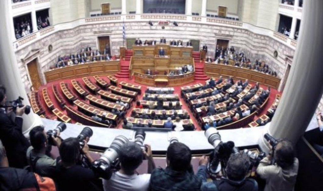 """Μετά το """"καμπανάκι"""" των Κινέζων: Με ευρεία πλειοψηφία «πέρασε» από τη βουλή η μεταβίβαση του ΟΛΠ στην Cosco - Κυρίως Φωτογραφία - Gallery - Video"""