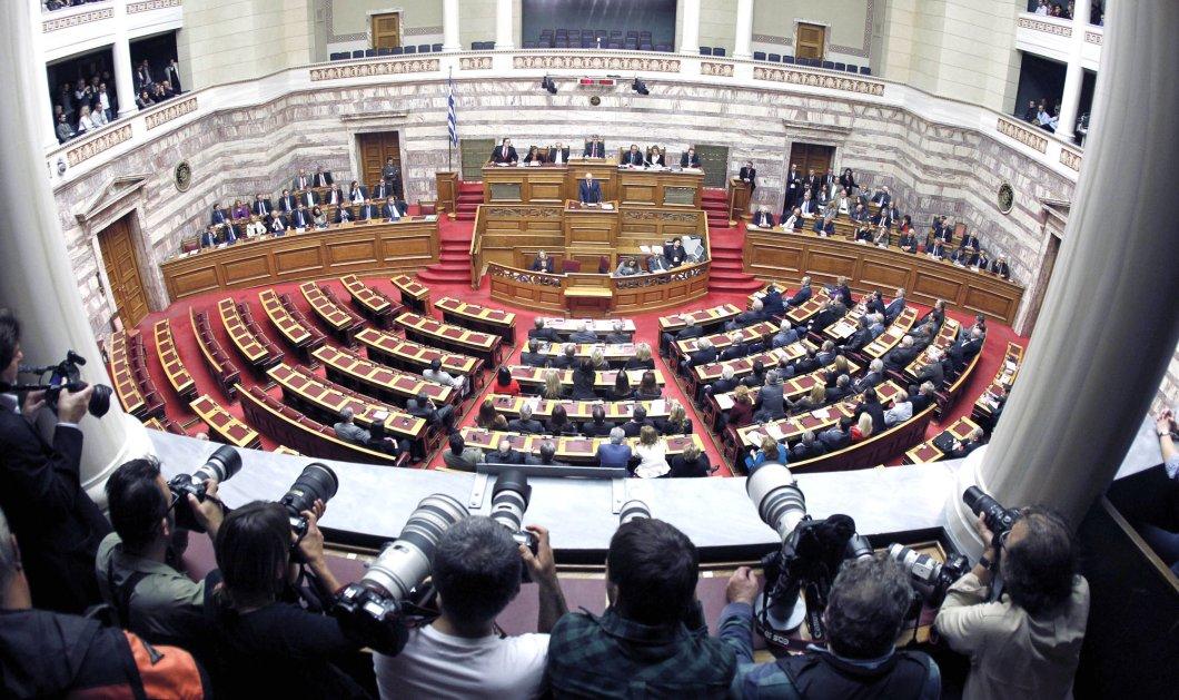 Στην τελική ευθεία ο εκλογικός νόμος: Η μεγάλη μάχη στη Βουλή για την απλή αναλογική - Κυρίως Φωτογραφία - Gallery - Video
