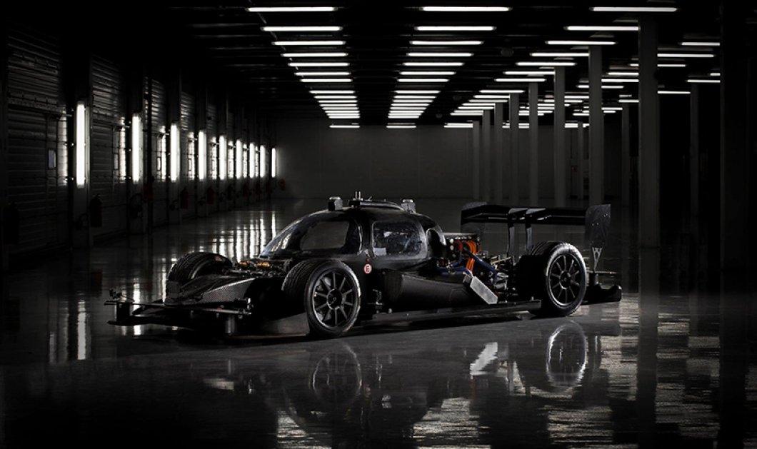 Ξεχάστε όσα ξέρατε για τους αγώνες αυτοκινήτων - Ιδού το πρώτο αγωνιστικό... χωρίς οδηγό! - Κυρίως Φωτογραφία - Gallery - Video