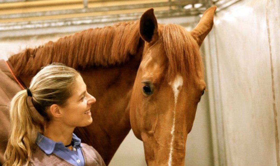 Ολυμπιονίκης εγκαταλείπει τον αγώνα γιατί αρρώστησε το άλογο της & δεν ήθελε να το εξοντώσει - Κυρίως Φωτογραφία - Gallery - Video