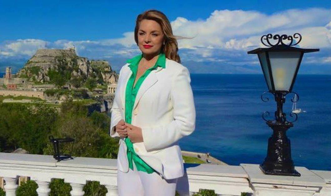 Άντζελα Γκερέκου: Οι διακοπές χωρίς τον Τόλη στην Κέρκυρα - Δείτε την να χορεύει με την κόρη της - Κυρίως Φωτογραφία - Gallery - Video