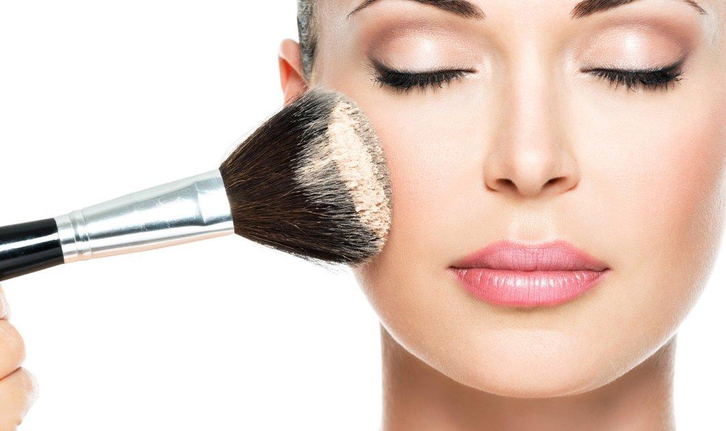 Δες εδώ ποια είναι η  σωστή σειρά για να εφαρμόζεις τα προϊόντα μακιγιάζ σου - Κυρίως Φωτογραφία - Gallery - Video