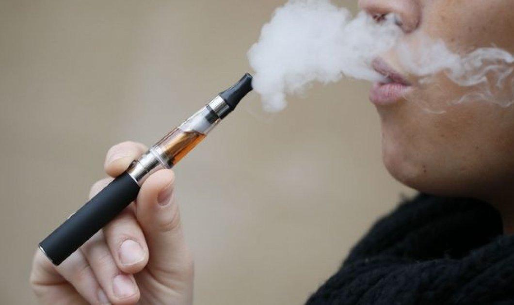 Τέλος το ηλεκτρονικό τσιγάρο από τους δημόσιους χώρους - Ψηφίστηκε το νομοσχέδιο στη Βουλή - Κυρίως Φωτογραφία - Gallery - Video