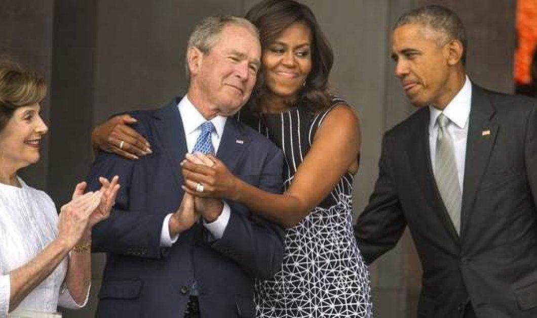 Η αγκαλιά της Μισέλ Ομπάμα στον Τζορτζ Μπους - Πώς δημιουργήθηκε η φιλία μεταξύ τους - Κυρίως Φωτογραφία - Gallery - Video