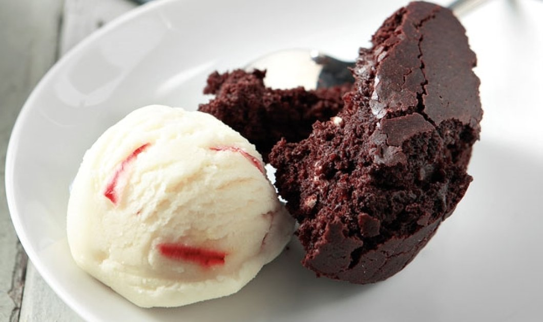 Φτιάξτε εύκολα και γρήγορα σοκολατόπιτα της στιγμής με οδηγίες της Αργυρώς μας! - Κυρίως Φωτογραφία - Gallery - Video