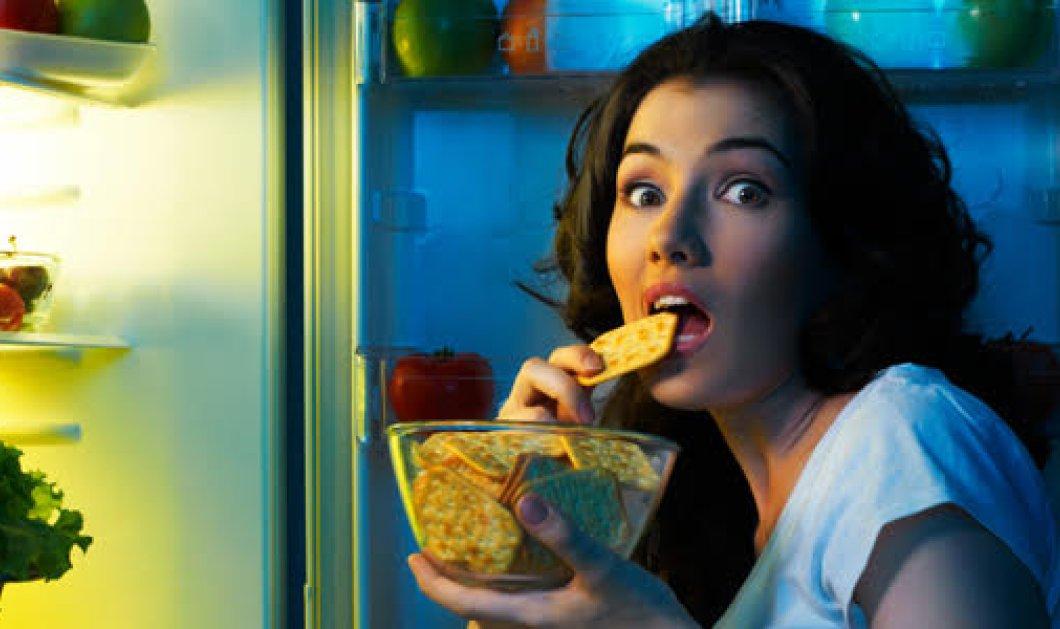 Πώς να σταματήσω το συναισθηματικό φαγητό; Και τρώω πολύ γιατί είμαι στενοχωρημένος & δεν λύνω το πρόβλημα - Κυρίως Φωτογραφία - Gallery - Video