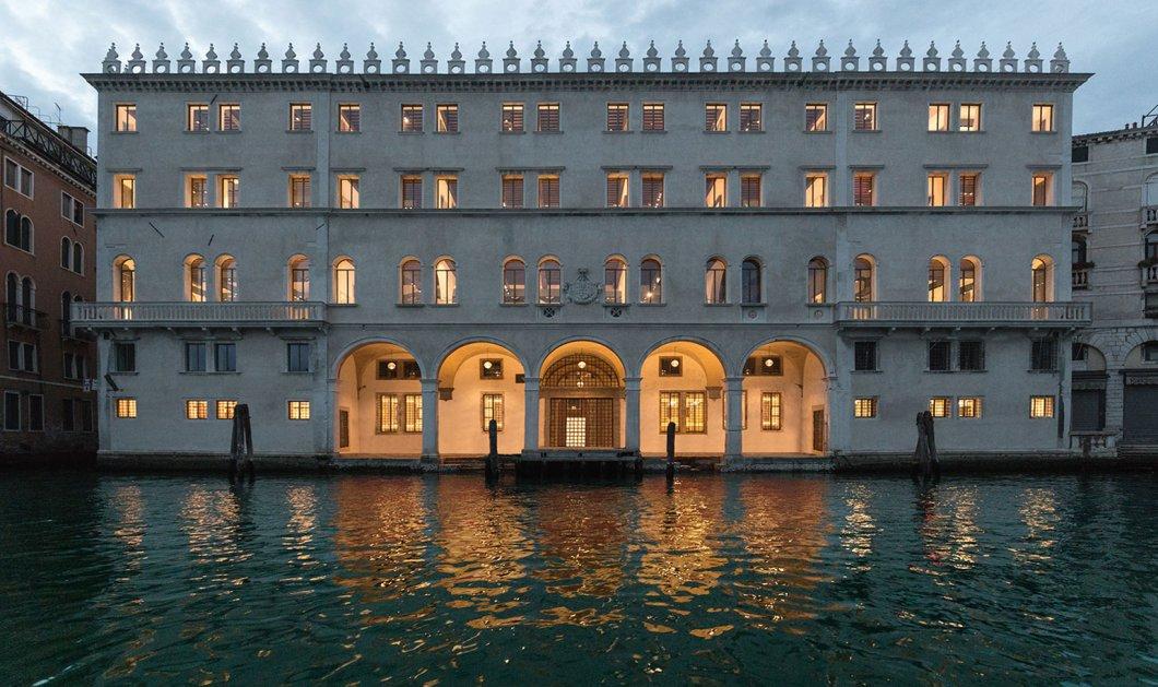 Ένα ιστορικό παλάτι της Βενετίας μετατράπηκε στο πιο εντυπωσιακό εμπορικό κέντρο του κόσμου  - Κυρίως Φωτογραφία - Gallery - Video