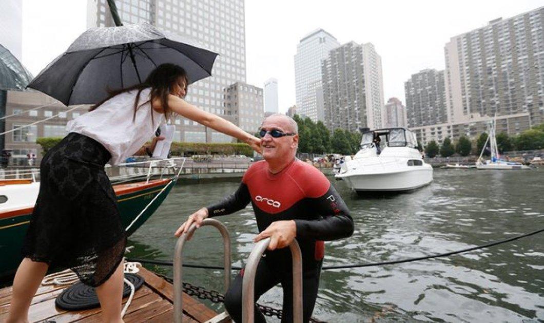 Βίντεο που κόβει την ανάσα: Ατρόμητος αθλητής κολυμπάει μαζί με πιράνχας στο πιο επικίνδυνο ποτάμι του κόσμου - Κυρίως Φωτογραφία - Gallery - Video