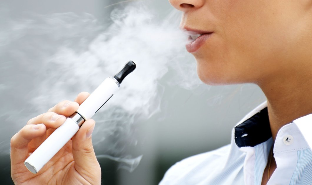Άρθρο - ανατροπή: Άγνοια για τις επιπτώσεις του ηλεκτρονικού τσιγάρου στην υγεία των παιδιών - Κυρίως Φωτογραφία - Gallery - Video