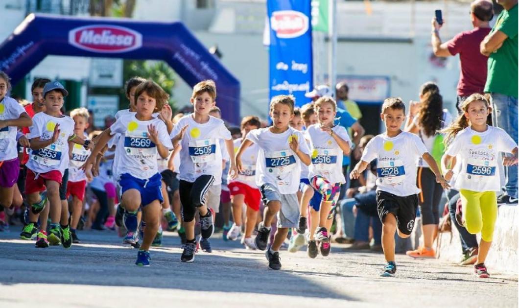Live από Σπέτσες: Το πολυαγαπημένο «Spetses mini Marathon» ξεκίνησε - Κυρίως Φωτογραφία - Gallery - Video