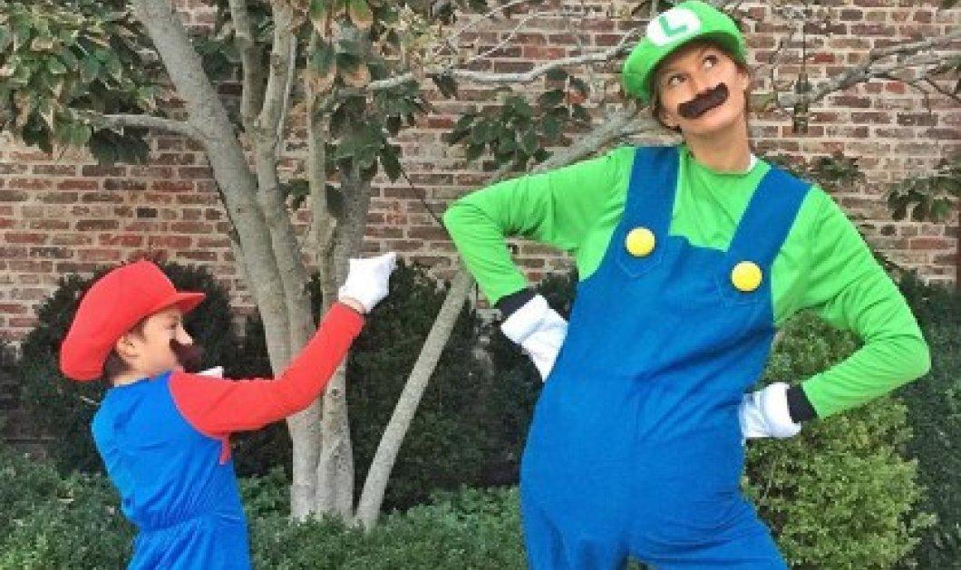H πιο αστεία φωτογραφία της Ζιζέλ: Ντύθηκε Λουίτζι & ο γιος της... σούπερ Μάριο - Κυρίως Φωτογραφία - Gallery - Video
