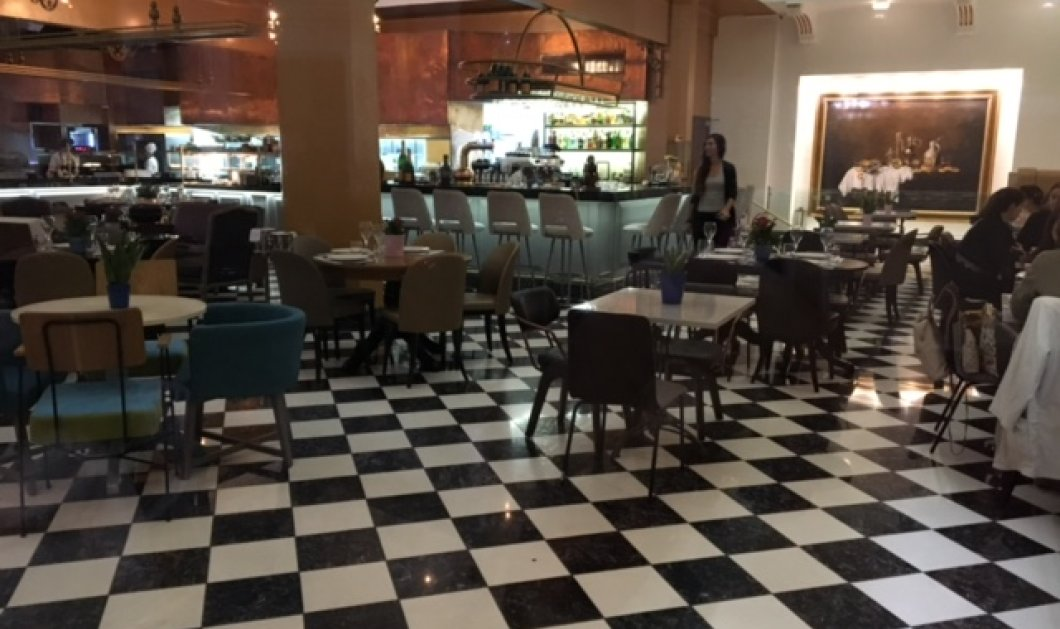 """""""Νεράντζι"""": Σαν """"κλέφτρα"""" τράβηξα φωτό εντυπωσιασμένη από το αρχοντικό καφέ- εστιατόριο -  Άλλαξε την εικόνα της Μητροπόλεως - Κυρίως Φωτογραφία - Gallery - Video"""
