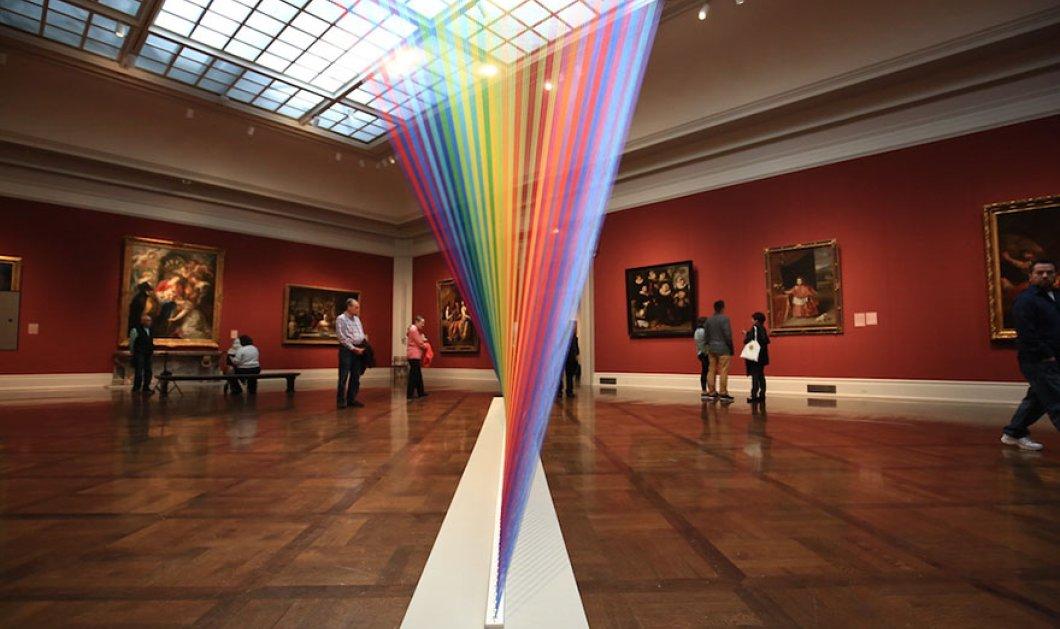 Oυράνιο τόξο με 1.000 κλωστές βρίσκεται ''παγιδευμένο'' σε Μουσείο του Οχάιο - Φωτό από το εκπληκτικό έκθεμα  - Κυρίως Φωτογραφία - Gallery - Video