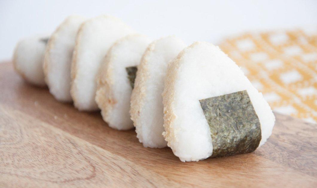 Γιαπωνέζος έπεσε νεκρός καταβροχθίζοντας το εκατοστό sushi σε διαγωνισμό φαγητού - Κυρίως Φωτογραφία - Gallery - Video