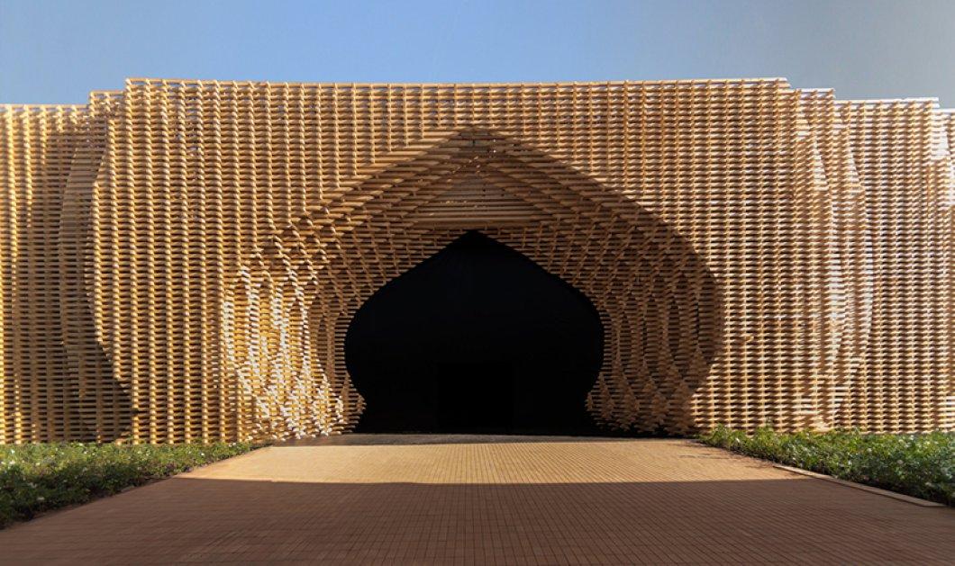 """Ένα νέο υπερμοντέρνο """"χωριό"""" , με μια εκπληκτική αραβική πύλη , στήθηκε στην άκρη της ερήμου - Κυρίως Φωτογραφία - Gallery - Video"""