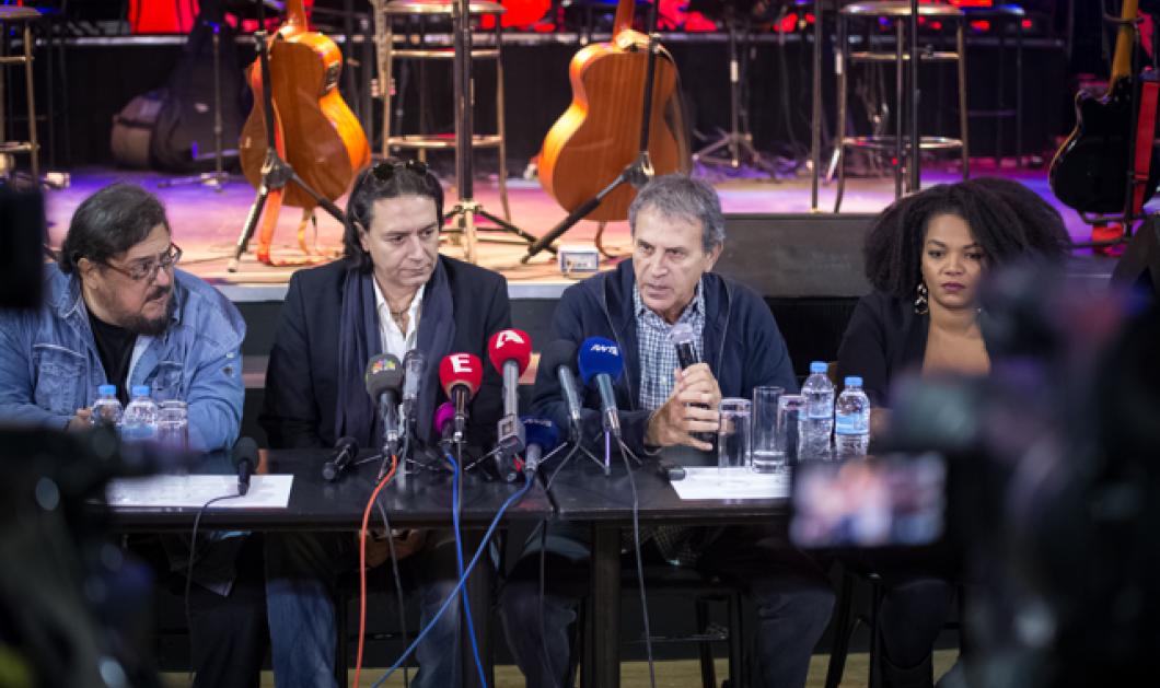Η αυθόρμητη έκπληξη στο σχήμα Νταλάρα-Μαχαιρίτσα-Κότσιρα που άφησε τους δημοσιογράφους με το στόμα ανοιχτό   - Κυρίως Φωτογραφία - Gallery - Video