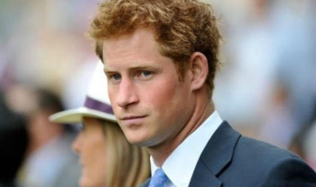 """""""Σκανταλιάρης"""" ο πρίγκιπας Χάρι, λέει η Daily Mail - Ποια είναι η καλλονή με την οποία έβγαινε κρυφά στην πλάτη της Μ. Μαρκλ - Κυρίως Φωτογραφία - Gallery - Video"""