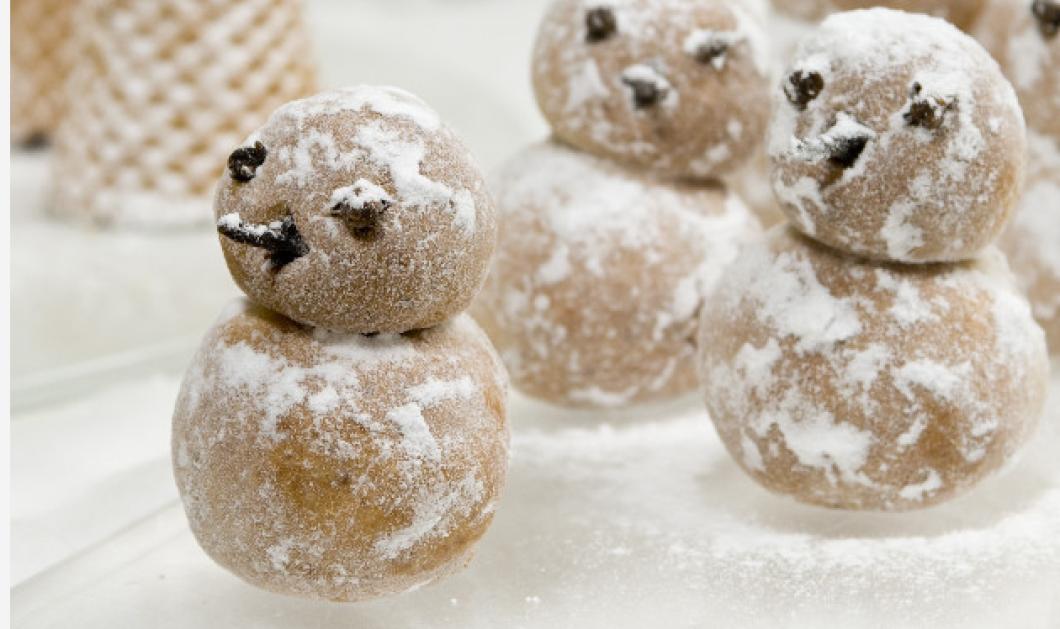 Η πιο ωραία Χριστουγεννιάτικη συνταγή: Χιονάνθρωποι από αμύγδαλο του Στέλιου Παρλιάρου  - Κυρίως Φωτογραφία - Gallery - Video
