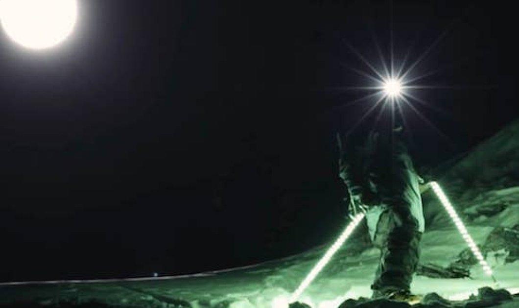 Βίντεο: Νυχτερινός χορός πάνω στο παγωμένο χιόνι - Δείτε την εκπληκτική κατάβαση ενός απίθανου σκιέρ τη νύχτα - Κυρίως Φωτογραφία - Gallery - Video