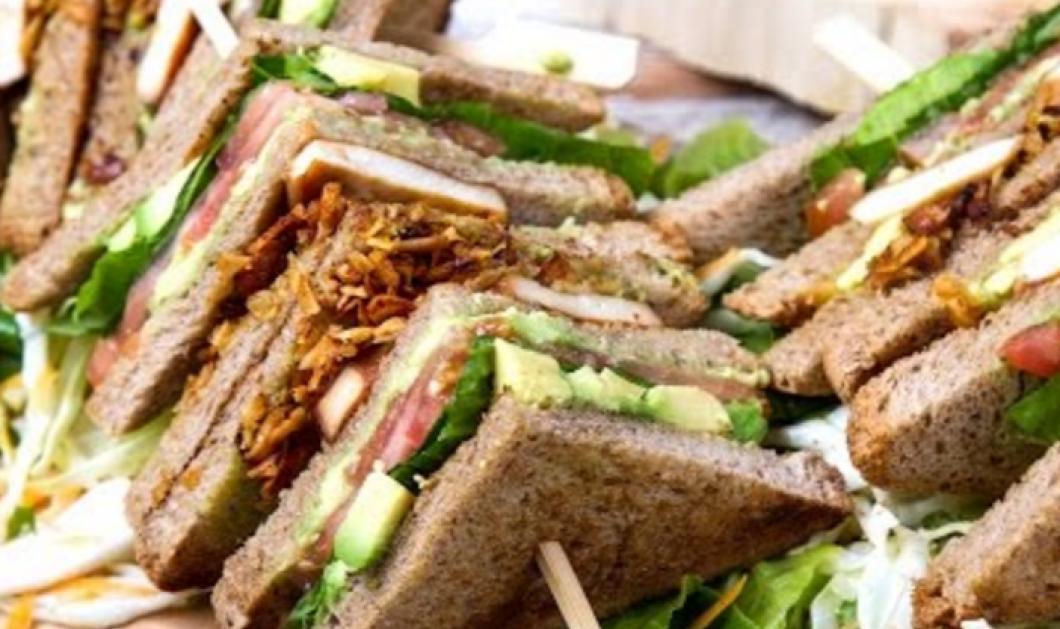 Heatlhy τώρα: Vegetarian κλαμπ σάντουιτς από τον Άκη Πετρετζίκη  - Κυρίως Φωτογραφία - Gallery - Video
