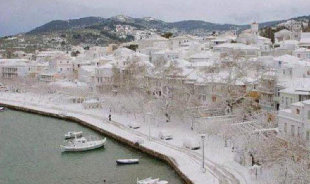 Σε κατάσταση έκτακτης ανάγκης η Σκόπελος και η Αλόννησος - Έως και 2 μ. έφτασε το χιόνι! - Κυρίως Φωτογραφία - Gallery - Video