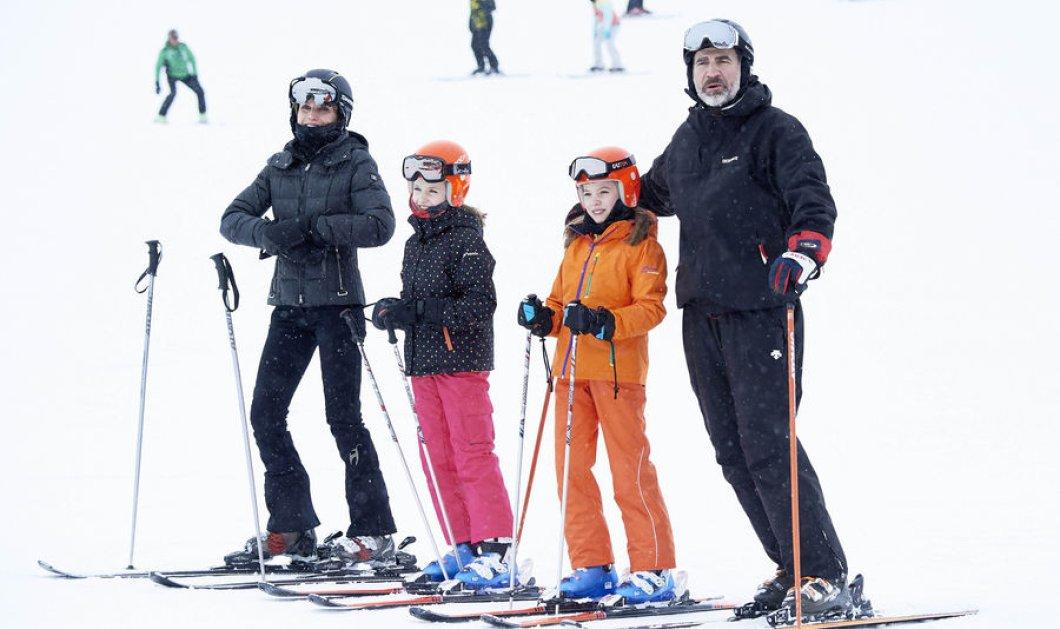 Σκι στο βουνό για πρώτη φορά όλη η Βασιλική οικογένεια της Ισπανίας - Φώτο με τις μικρές Ελεονώρα & Σοφία    - Κυρίως Φωτογραφία - Gallery - Video