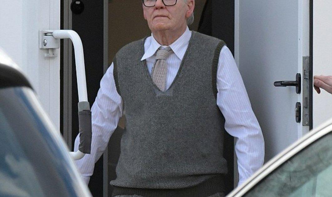 Αποκλείεται!!! Δείτε καλά αυτόν τον άνδρα είναι μια λαμπερή σταρ του Χόλιγουντ - Φώτο - Κυρίως Φωτογραφία - Gallery - Video